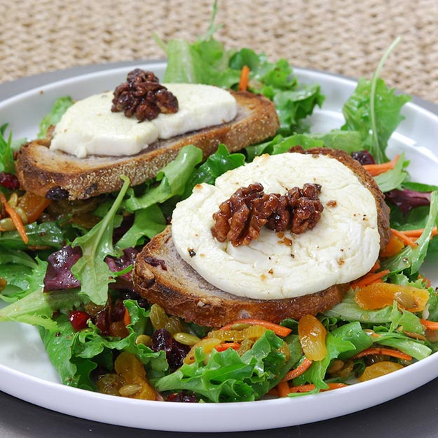 Warm Goat Cheese Crostini Salad Appetizer