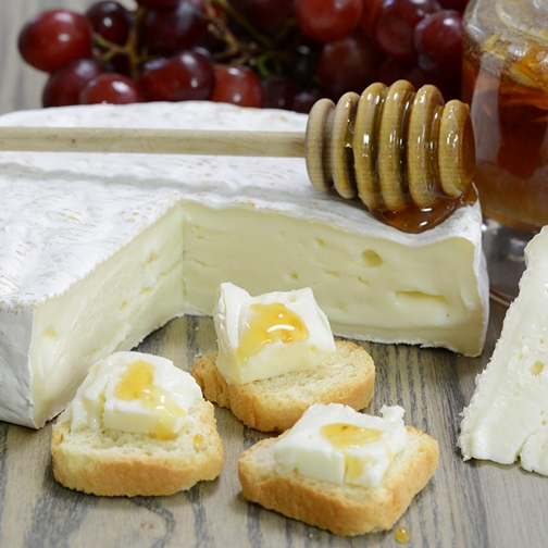 Discovering American Artisanal Cheese Makers