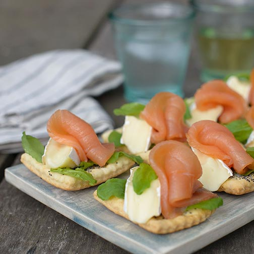 Smoked Salmon And Brie Poppy Seed Crackers Appetizer Recipe