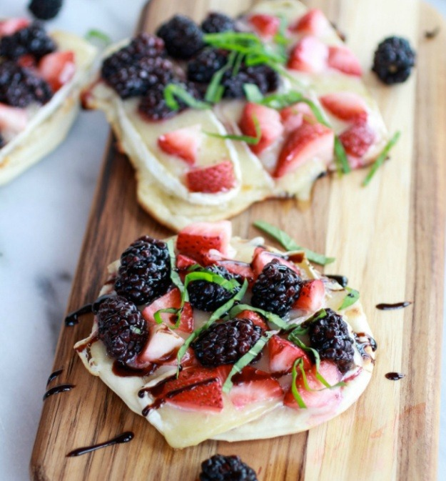 Berry Pizza Crisps